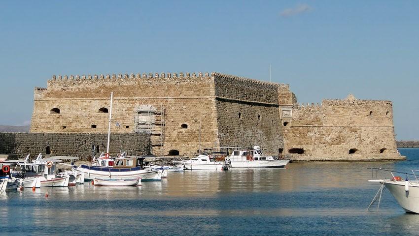 крепость Рокка-а-Маре